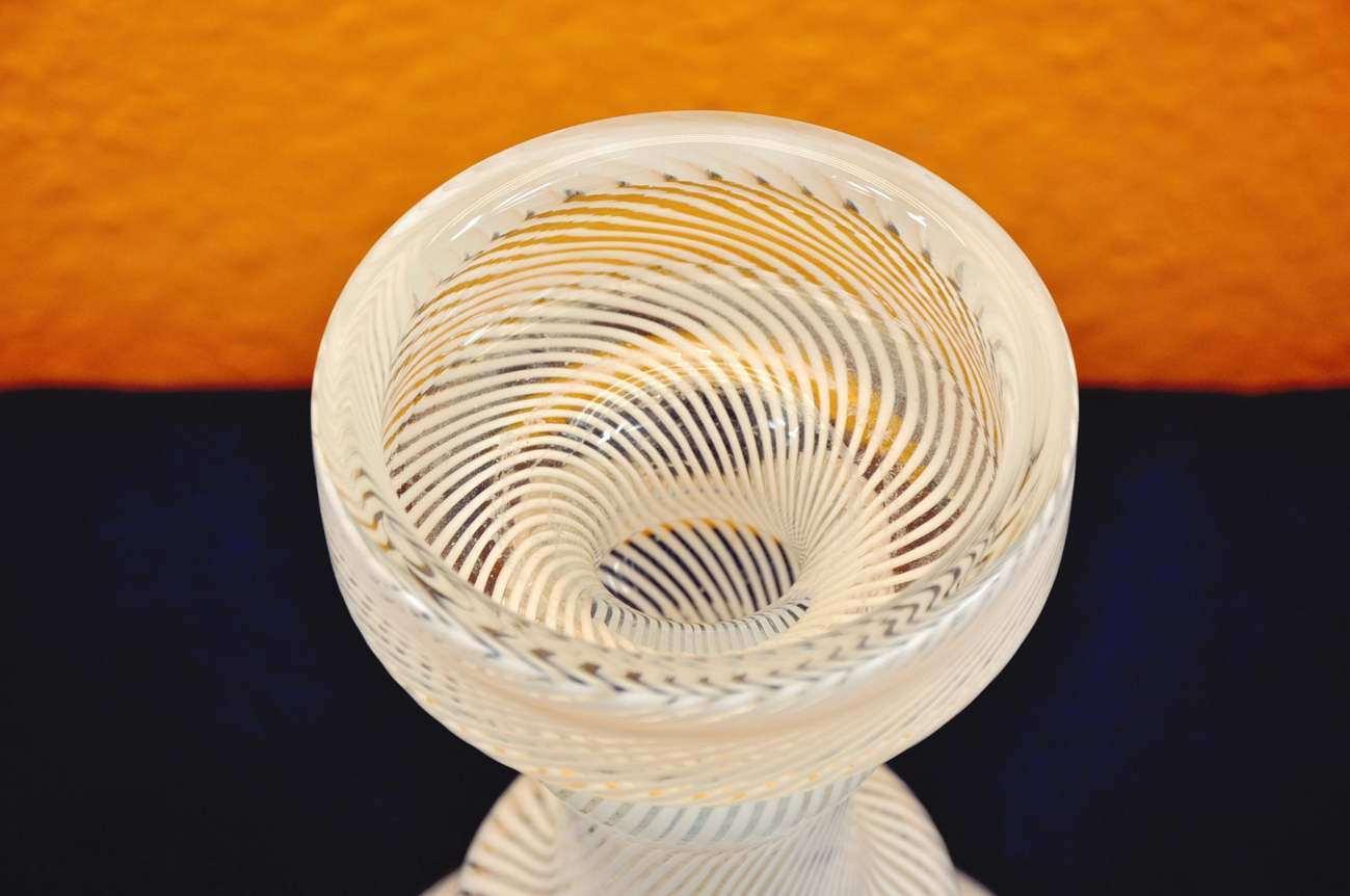 iittala glass vase candle holder screwed thread sapaneva. Black Bedroom Furniture Sets. Home Design Ideas