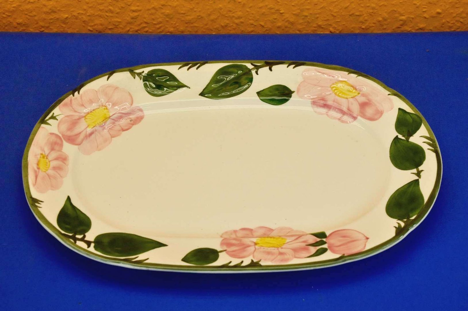 Villeroy boch wild rose porcelain plate oval kusera - Villeroy and boch ...