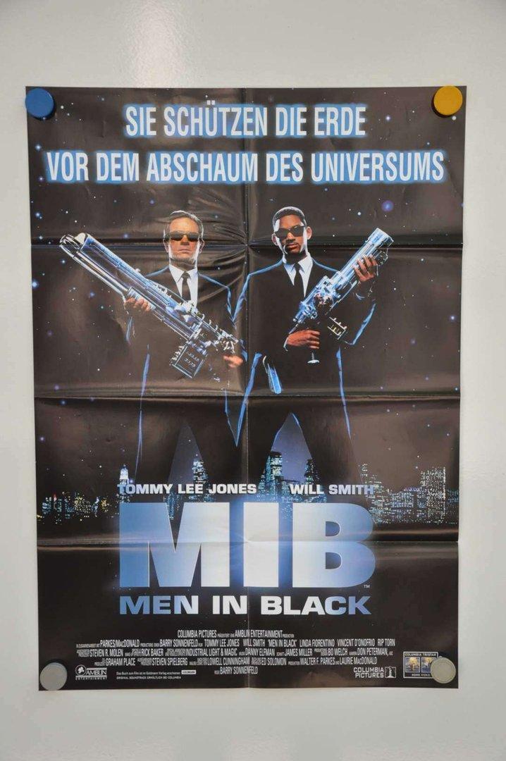 movie poster men in black video shop 90s kusera