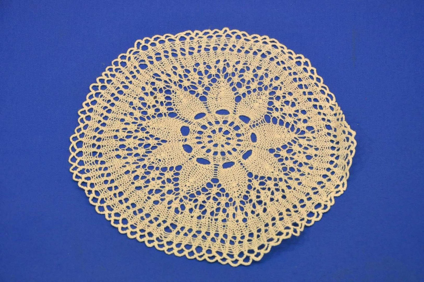 dc39df3552 Bobbin lace doily in white art nouveau flower - at Shop KuSeRa