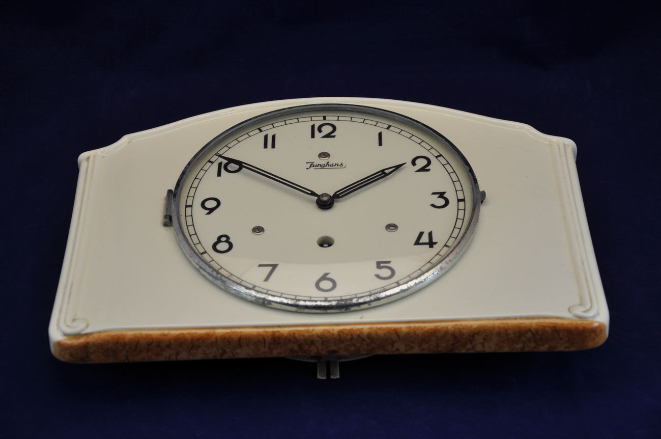 Admirable Junghans Pottery Kitchen Clock Nr 19 802 Download Free Architecture Designs Rallybritishbridgeorg