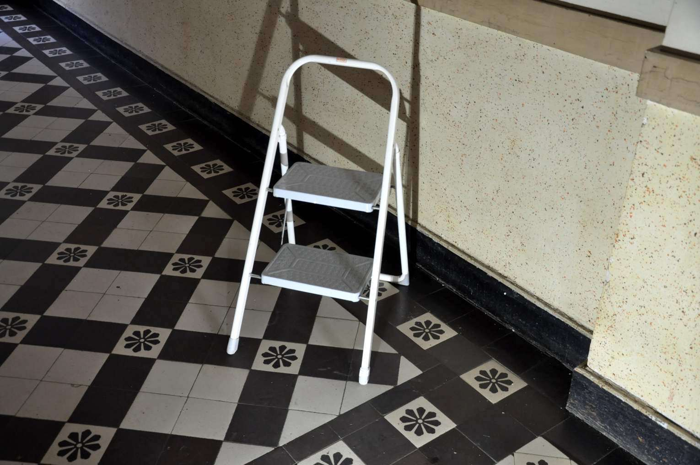 Superb Frz Piccolo Step Ladder 2 Steps Metal Ladder White Cjindustries Chair Design For Home Cjindustriesco
