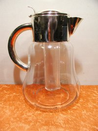 Quist glass carafe with a cooling function 1939