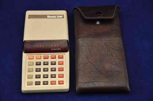 SCIENTIFIC calculator + case LITRONIX 2240 R