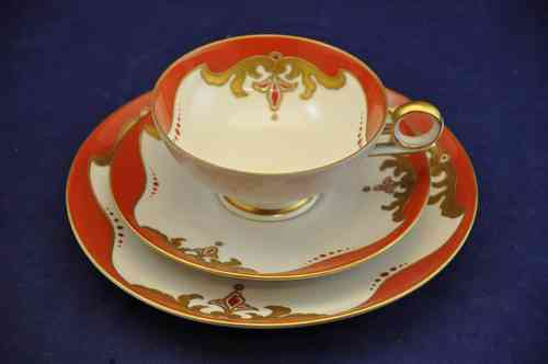Teacup set Schaubach Art Gold Relief Decoration