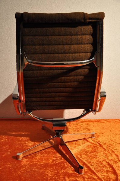 ... Sessel Vitra Aluminum Group Chair Herman Miller Eames ...