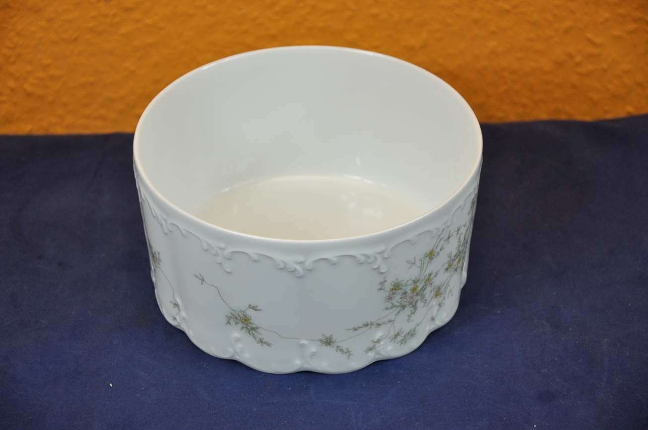 bowl 19 cm rosenthal classic rose monbijou gr ne ranke kusera. Black Bedroom Furniture Sets. Home Design Ideas