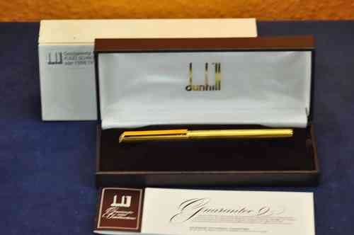 Dunhill fountain pen gold plated guilloche with 585 nib