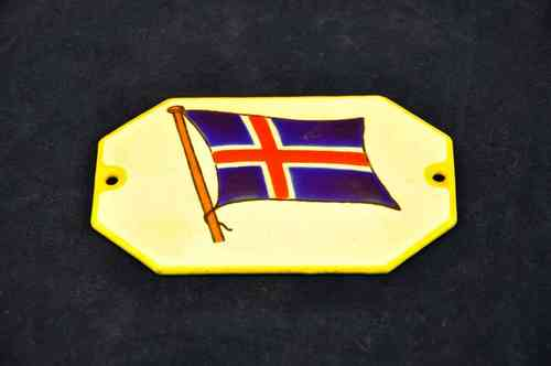 Enamel sign with Icelandic flag approx 9x6 cm
