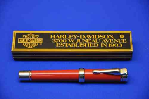 Harley Davidson Cartridge filler in red with box