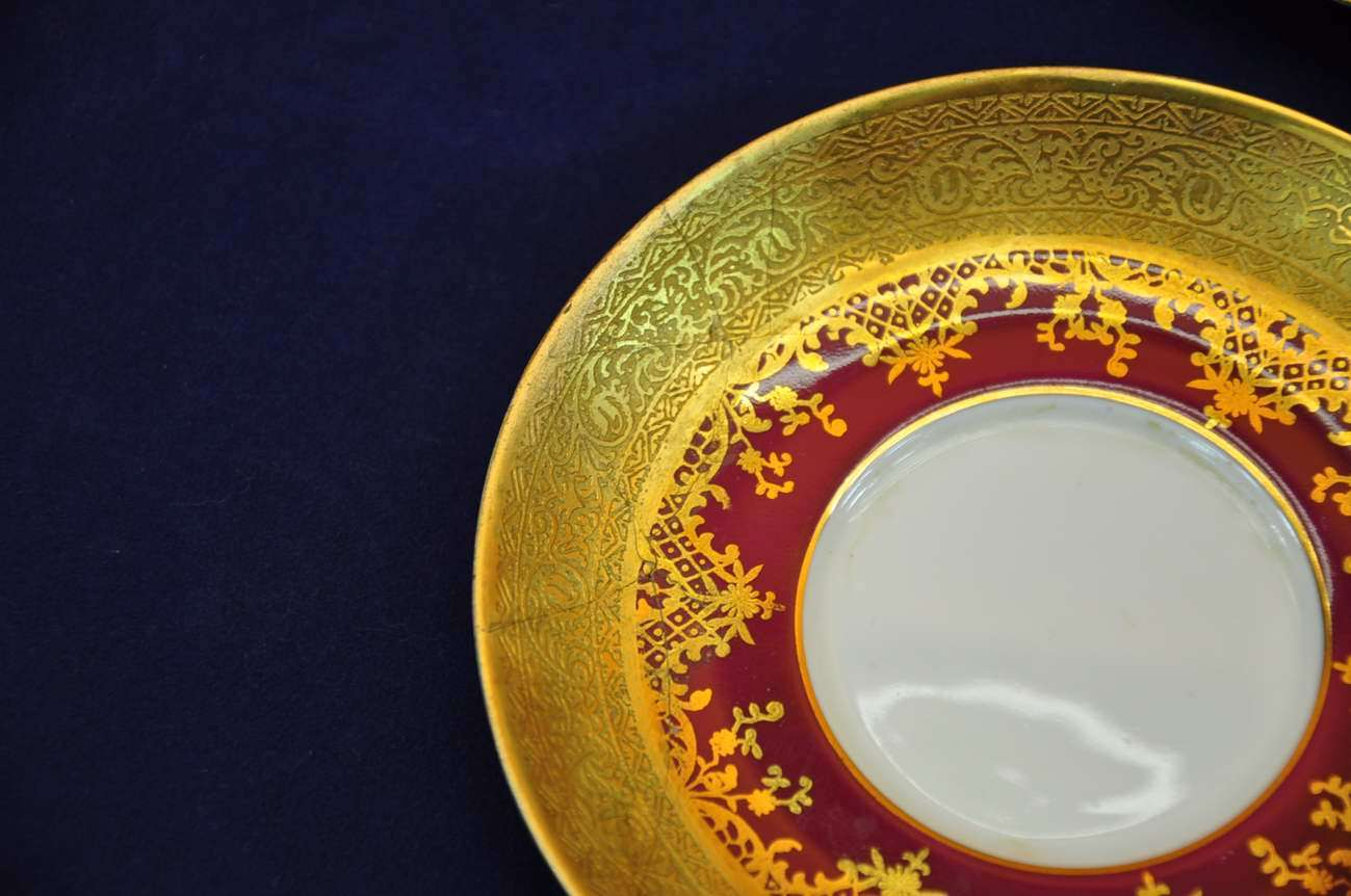 Porcelain coffee service adorned with gold Tirschenreuth