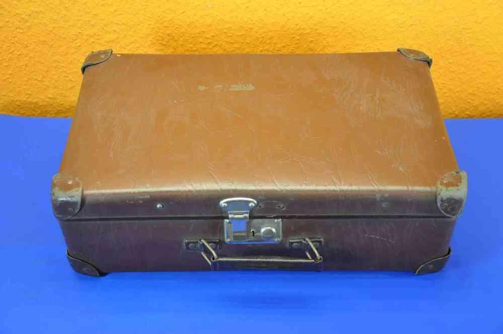 2a19ccd905921e alter PGH Koffer Hartpappe mit Holzrahmen um 1920 - KuSeRa