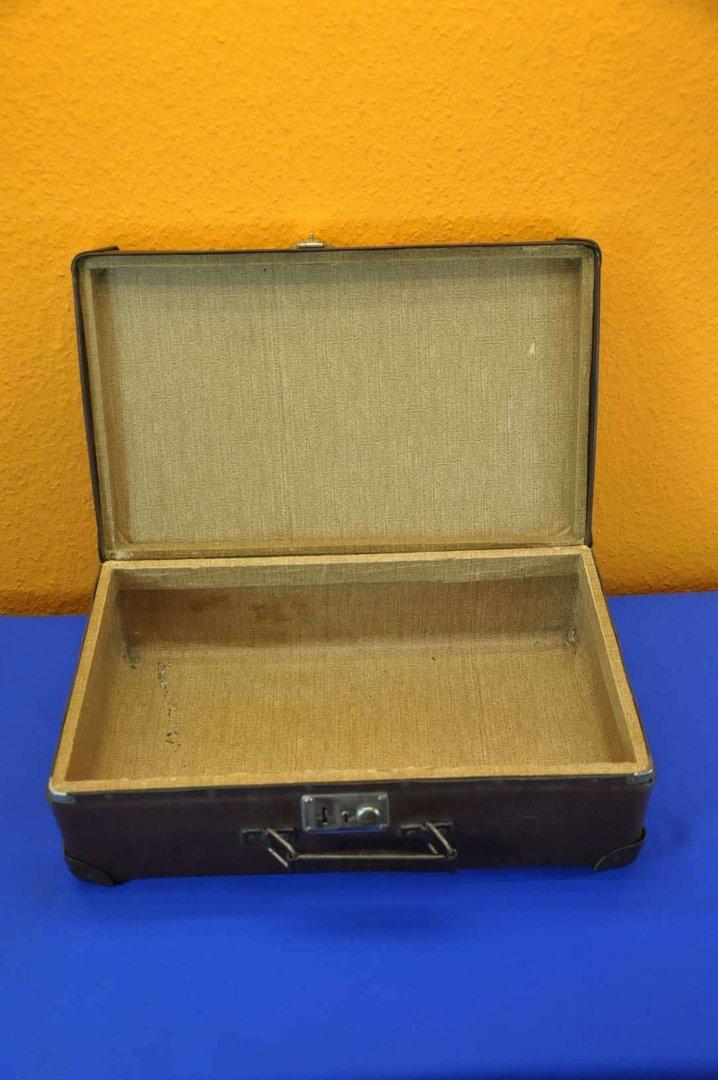 alter pgh koffer hartpappe mit holzrahmen um 1920 kusera. Black Bedroom Furniture Sets. Home Design Ideas