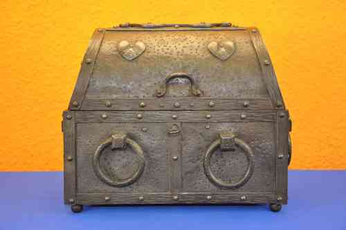 Steel coffer - Treasure Chest steel handmade with key