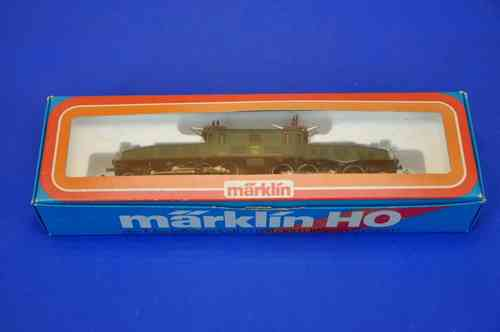Märklin 3056 E-locomotive crocodile Wintertur in green