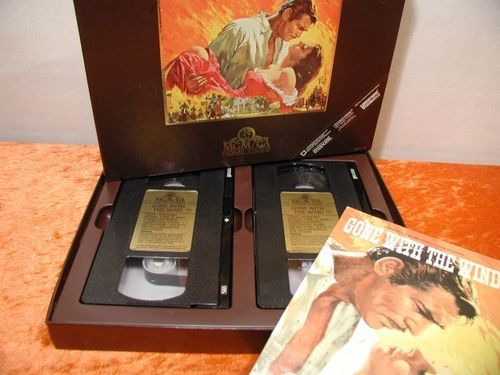 MGM UA VHS 2 tapes Gone with the wind