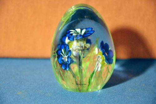 Paperweight crystal glass handmade Italy blue Gentian
