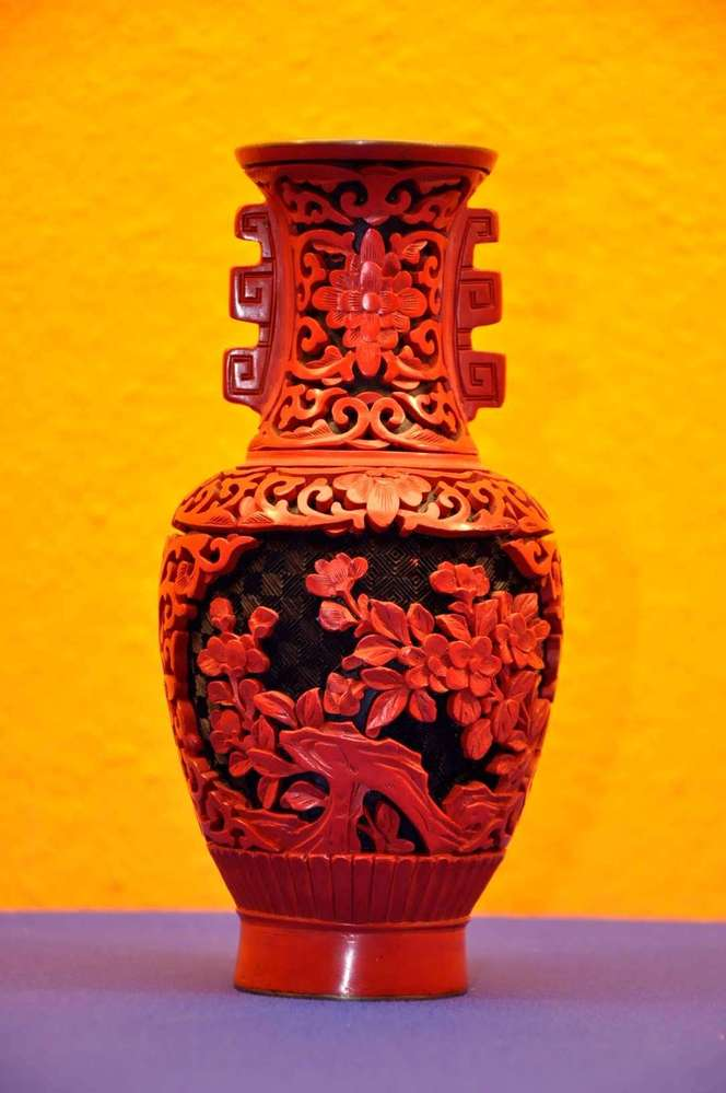 Chinese Red Lacquer Vase Carved Lacquer At Shop Kusera