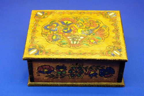 antique wooden box pyrography colored 50s