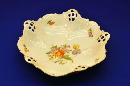 Rosenthal Moliere 364 fruit bowl flower pattern