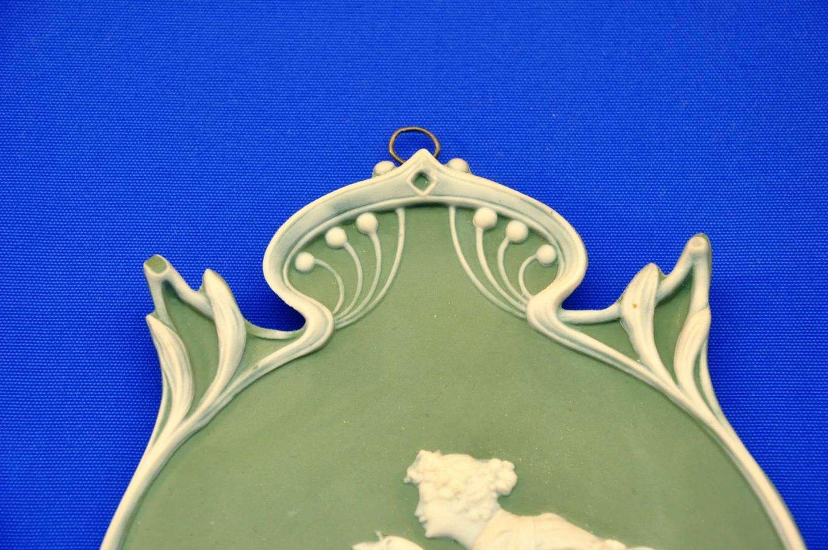 wedgwood jasperware gr n amor venus relief porzellan bei. Black Bedroom Furniture Sets. Home Design Ideas