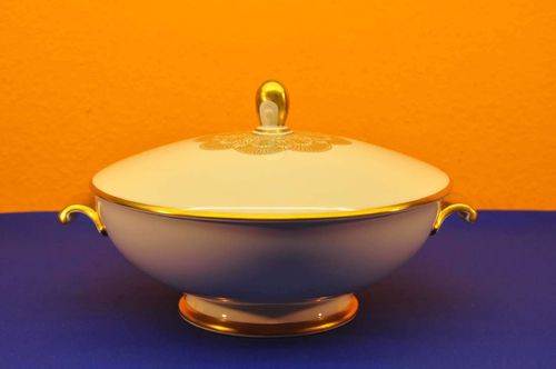Rosenthal Aida gold rim Tureen with lid
