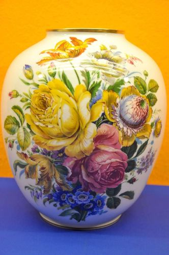 Royal KPM Bavaria Floor Vase Flower Pattern