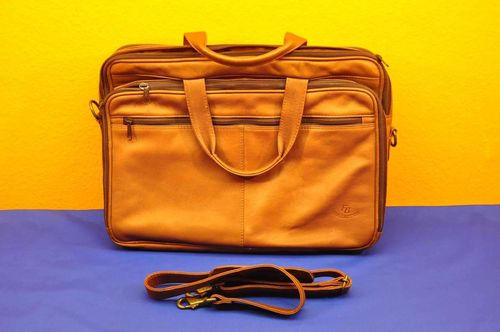 FB Collection Messenger Ledertasche in Braun