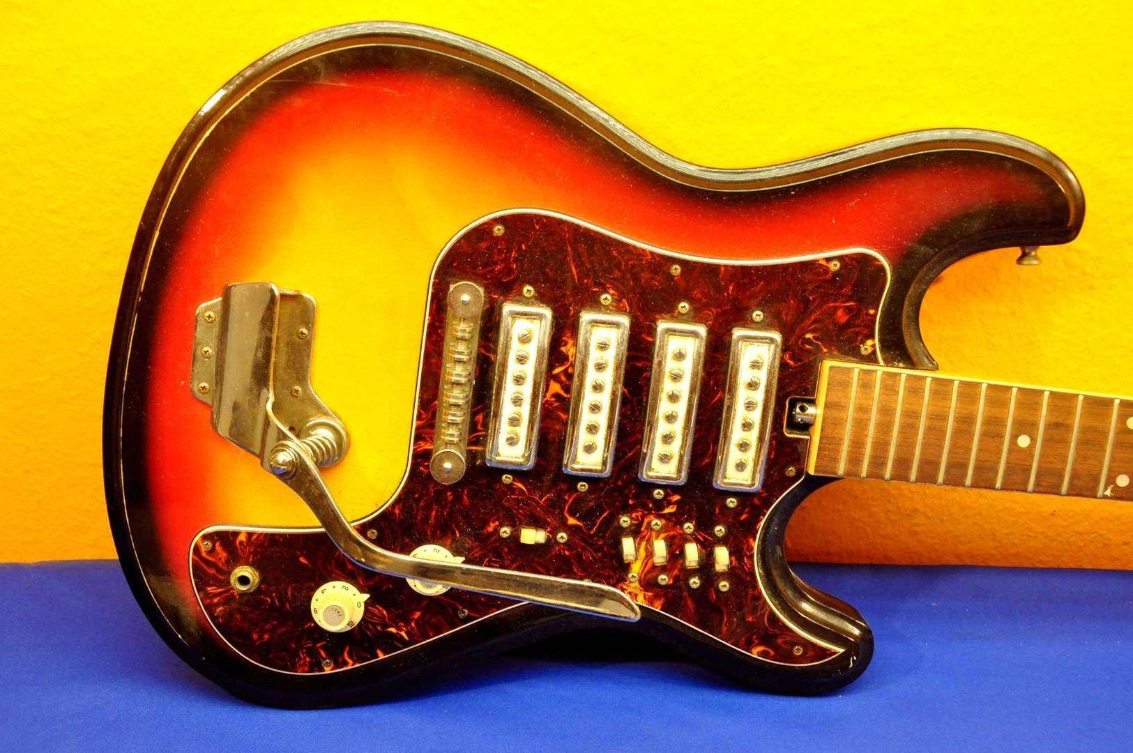 Hertiecaster By Teisco 4 Pickups Sunburst 70s Buy At Kusera