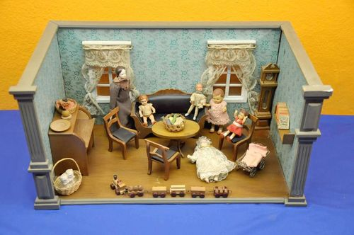 Vintage Doll Parlor Living room with dolls and parts