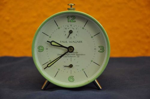 Vintage table clock Paul Wagner Alarm clock mint green