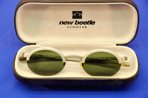 VW New Beetle Sunwear Sunglasses in case