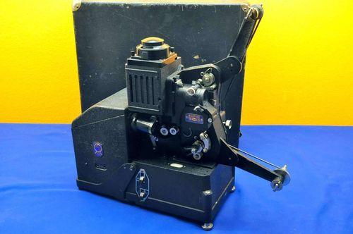 Filmprojector Pathe super Vox 9,5mm with suitcase 1937