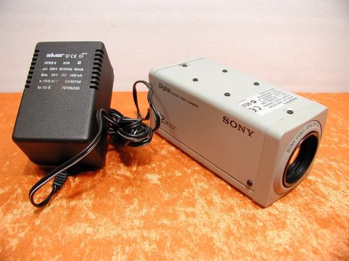 Sony Digital Color Video Kamera SSC-CX34P 12x opt. Zoom