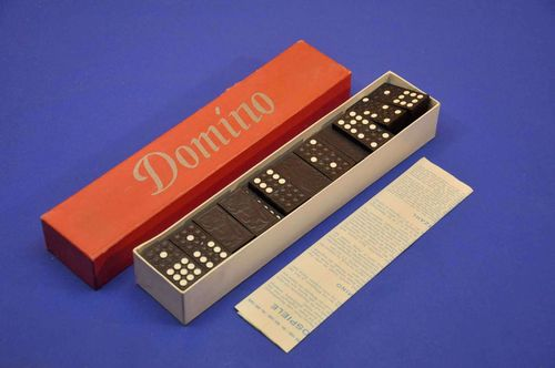 50s Domino game of wood with lions