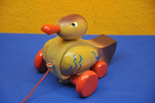80s years toy wooden Duck to pull