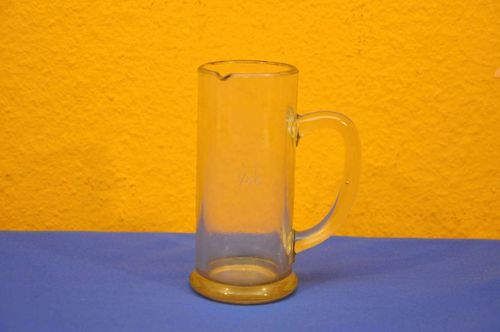 Glass measuring cup calibrated 1/4 liter from 1945