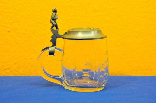Old beer mug with pewter lid *Gut Holz* olive cut
