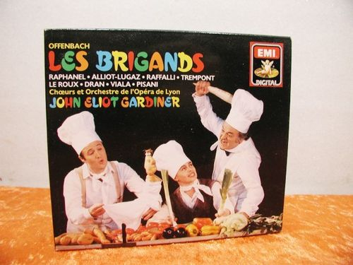 OFFENBACH LES BRIGANDS 2 CD Box
