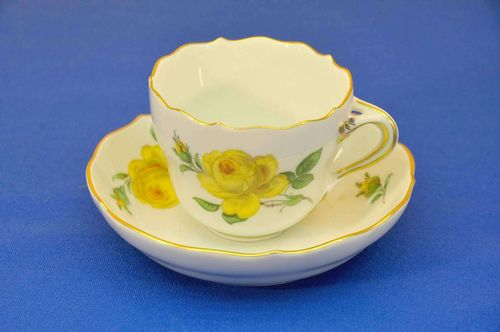 Porcelain Meissen Mocha cup yellow rose