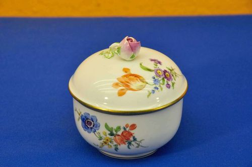 Porcelain Meissen sugar bowl flower painting