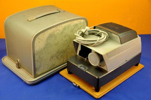 Slide projector Braun Paximat for slide magazines