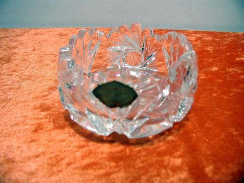 Lead crystal Bowl with sling star and Jagged edge