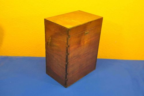 Antique wooden box finger tines handmade around 1900