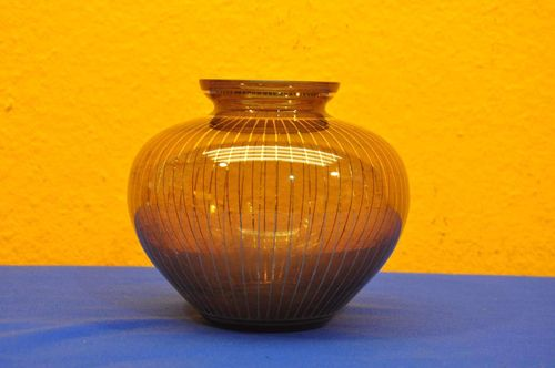 50s glass vase amber with stripes in gold