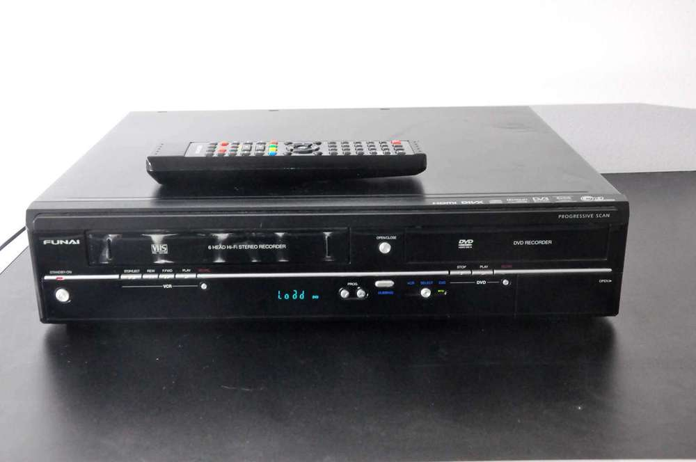Funai Video DVD Cassette Recorder WD6D-M100 - at KuSeRa for sale