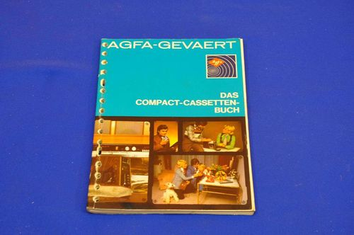 The Compact Cassettes book AGFA GEVAERT 1972
