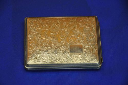 Cigarette Case very nicely decorated 60s