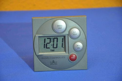 Radio clock radio controlled Meister Anker LCD display