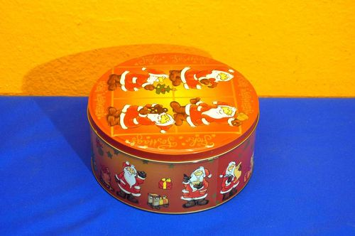 Frohe Weihnachten Tin can biscuit tin with Santa Claus